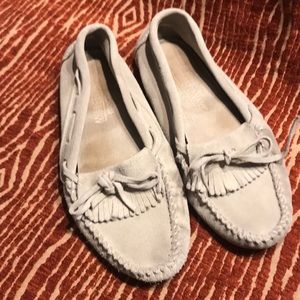 Minnetonka suede driving moccasins W9